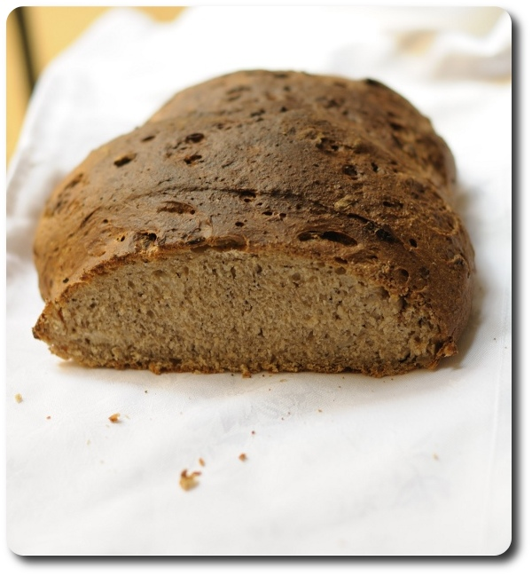 Post image for Twelve Loaves: Onion and poppy seed bread