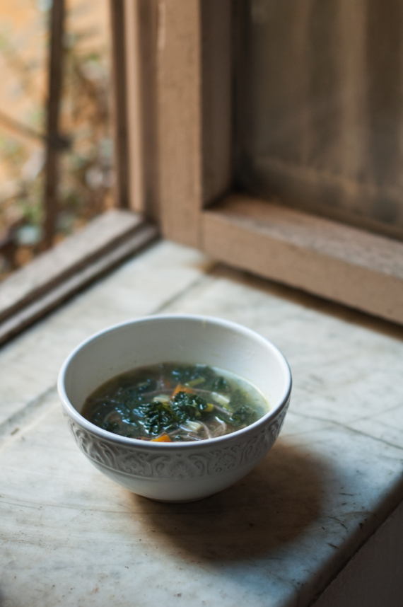 Zuppa con soba, cavolo e pestadice rdb