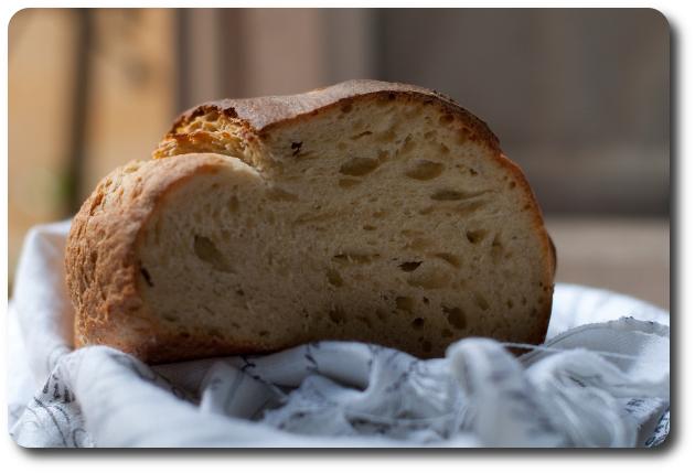 pane inglese blommer loaf fetta