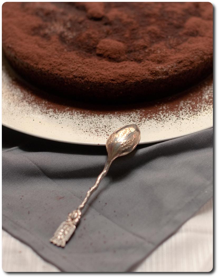 torta di noci e cacao_lato