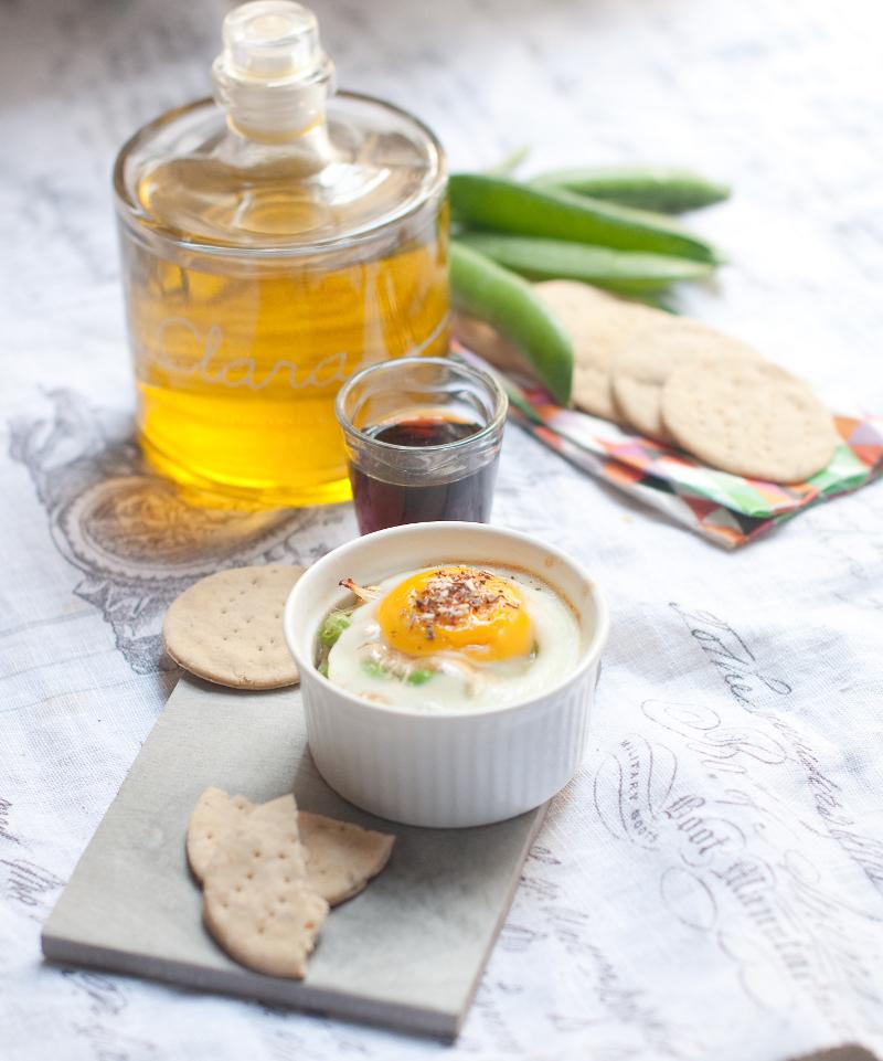 uova in cocotte_vermouth_biscotti paprika